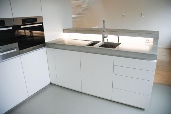 Cucina muratura cemento - Dade Design