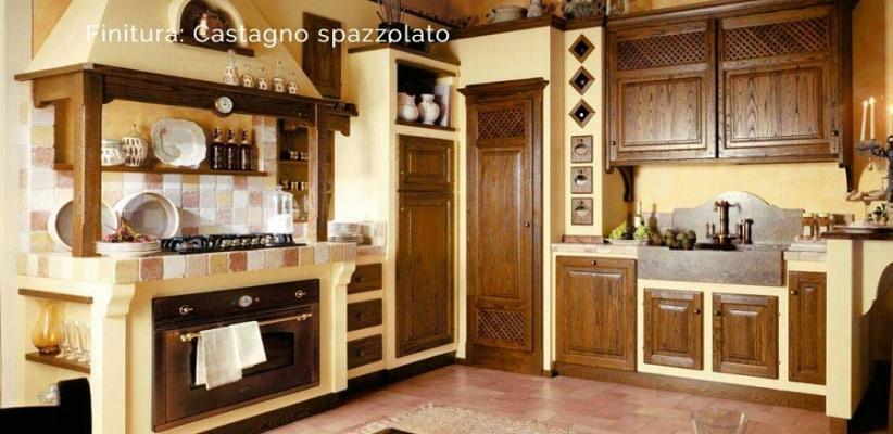 Cucina in muratura con ante in castagno spazzolato, Mastro Leone di Le Cucine dei Mastri