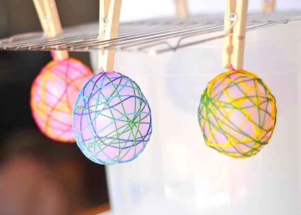 Lavoretti pasquali: decorazioni a forma di uovo, parte 2, da craftwhack.com