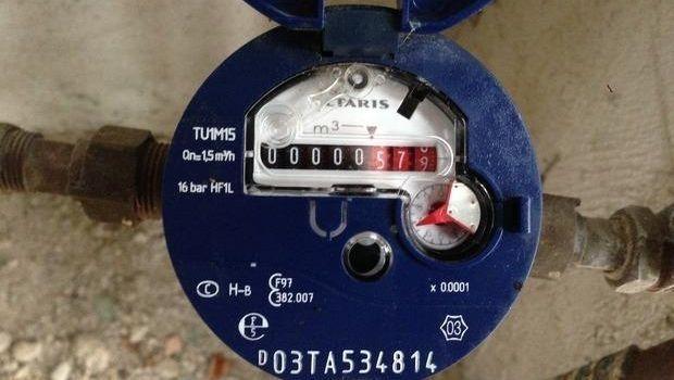 Contatore acqua in condominio, tra misuratore comune e individuale