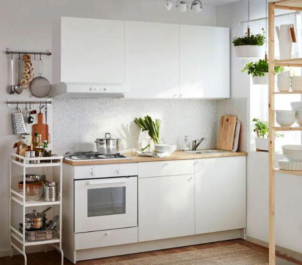 La cucina KnoxHult di Ikea per piccoli spazi