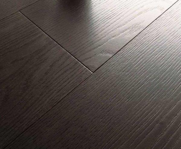 Il prefinito rovere wenge di Armony Floor