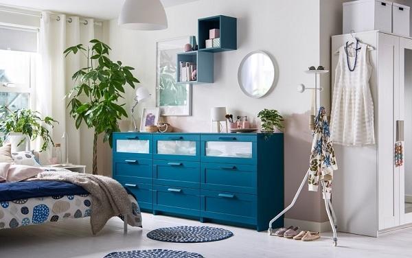 Stanza da letto moderna composizione Ikea