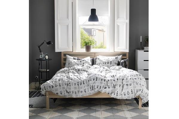 Struttura letto Tarva di Ikea