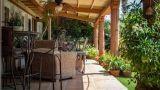 Arredi in ferro battuto da giardino: design dal sapore retro