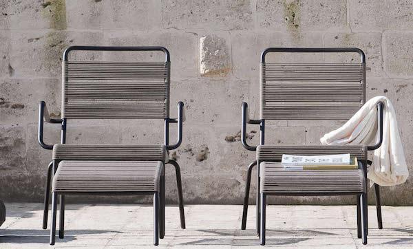 Poltrona in ferro battuto e poggiapiedi, collezione Camargue - design Unopiù