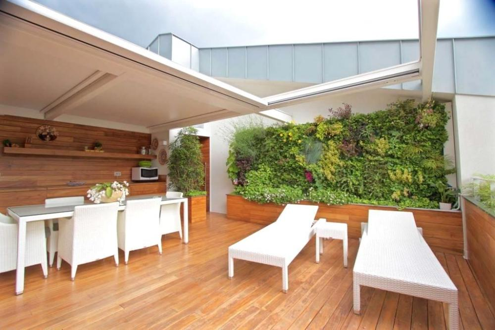 Parete vegetale terrazzo attico - Sundar Italia