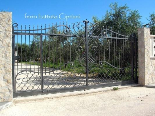 Cancello ferro battuto per villa - Cipriani