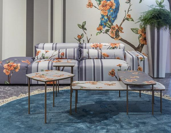 Salone del mobile 2019: divano Free-Art by Momenti