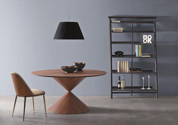 Tavolo Clessidra design by Paolo Vernier per Midj - Salone del Mobile