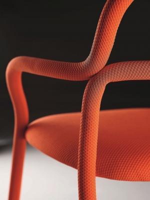 Particolare sedia della collezione Pippi - Anteprime Salone del Mobile 2019 by Midj