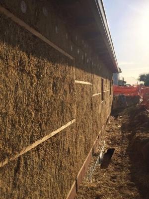 Particolare delle pareti perimetrali di un edificio di Archética