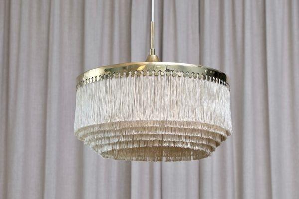 Il lampadario con frange di Hans-Agne Jakobsson