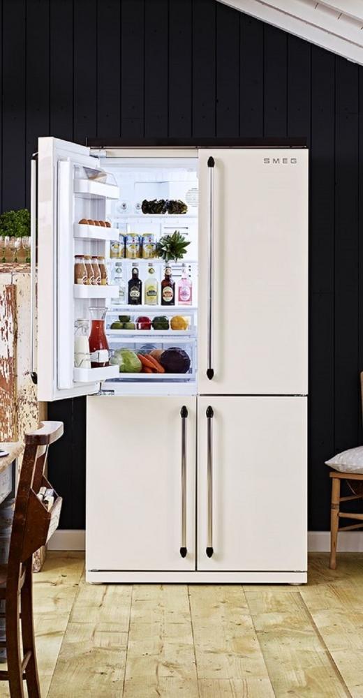 Il frigo all'americana ha un design moderno, da smeguk.com