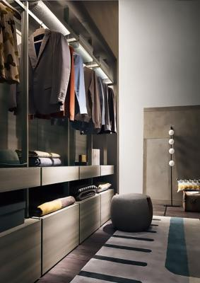 Interno cabina armadio Lema mobili