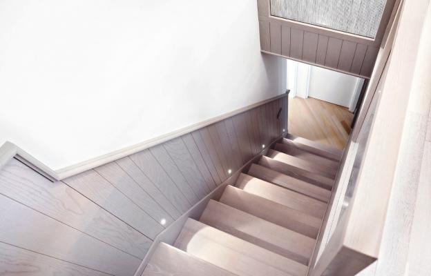 Loft particolare scala di connessione - Crearredo Falegnameria