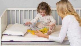 Cuscini per bambini antisoffoco, antireflusso e anti testa piatta
