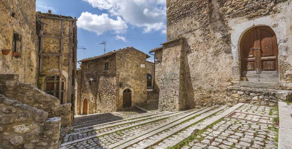 Consolidamento e rinforzo murature con Weber Saint Gobain
