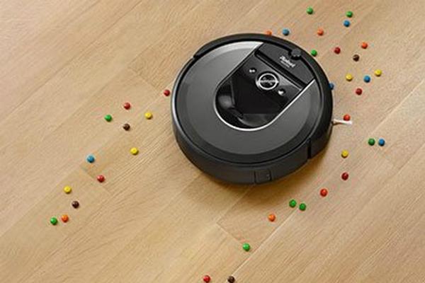 Robot aspirapolvere Roomba i7+ by Irobot