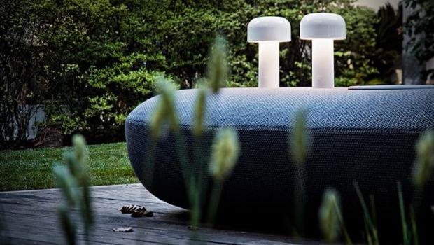 Lampada ricaricabile portatile e versatile indoor e outdoor