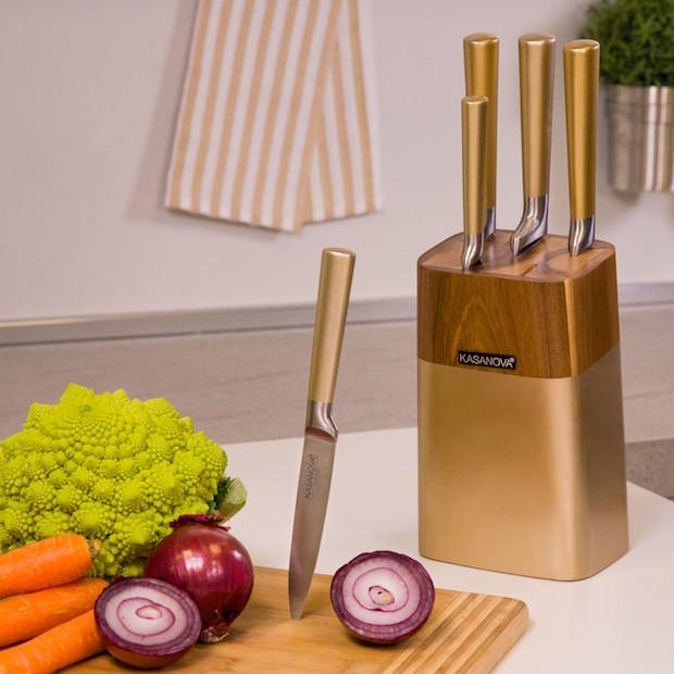 Set di coltelli da cucina in plastica e acciaio, da Kasanova