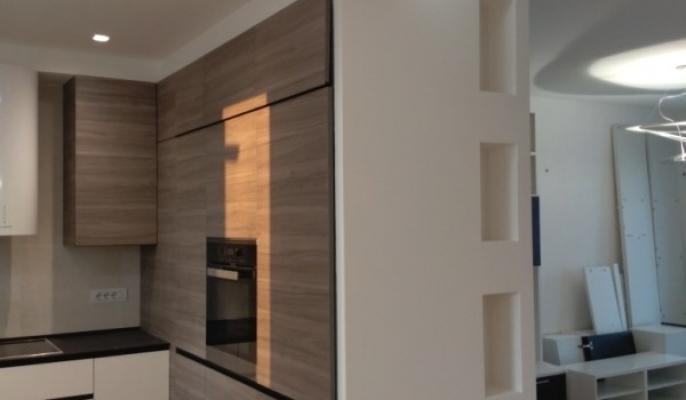Divisione appartamento con pareti curve - BF Cartongesso