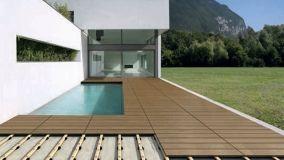 Sistemi per pavimenti flottanti da esterno in legno e grès