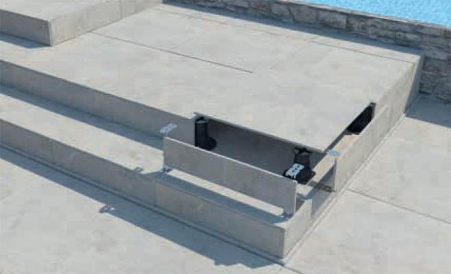 Clip per tamponamenti verticali nei pavimenti flottanti da esterni Pedestal Woodeck di Eterno Ivica