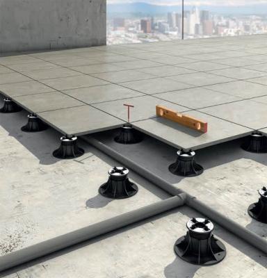 Sistema per pavimenti flottanti da esterni Pedestal Woodeck di Eterno Ivica