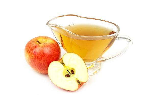 Pulire la lavatrice con aceto di mele