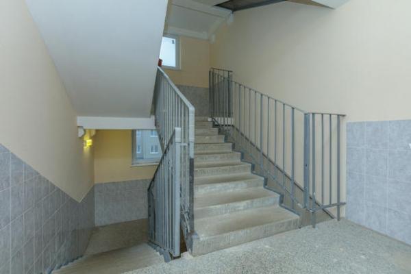 Illuminare le scale con una luce temporizzata