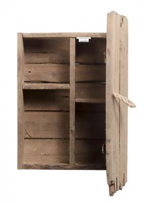 Scaffale baita in legno riciclato, modello Benny di Xlab design