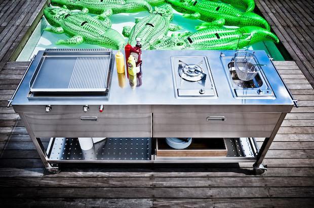 Cucina da esterno a gas elettrica con grill, da Alpes
