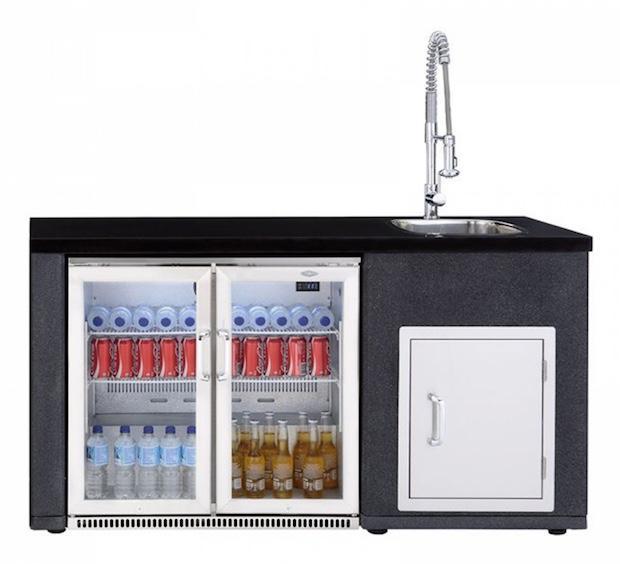 Cucina esterno: modulo frigo e lavello, da Il mondo del barbecue