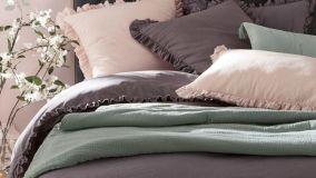 Lenzuola di lino, canapa e bambù, materiali antiallergici e concilia sonno