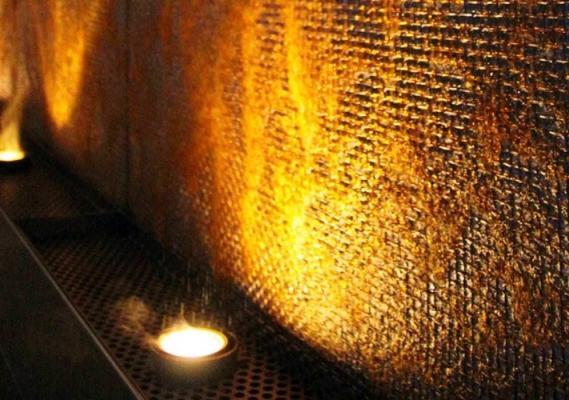 Parete d'acqua su rete acciaio - Wall Forme D'acqua