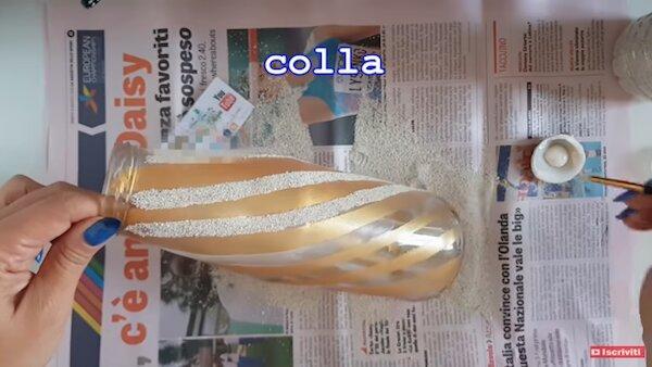 Riciclo creativo vetro: applicazione colla - Progetto e foto di Vivi con Letizia