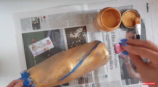 Verniciatura barattolo in vetro con colori acrilici - Progetto e foto di Vivi con Letizia