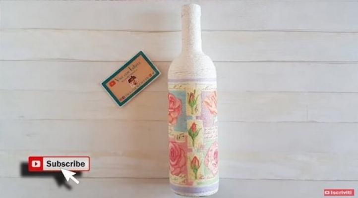 Trasformare una bottiglia di vetro in un vaso shabby chic - da Vivi con Letizia