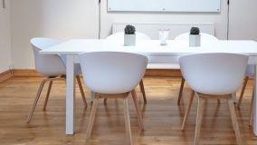 Consigli e suggerimenti per la scelta dei battiscopa in legno
