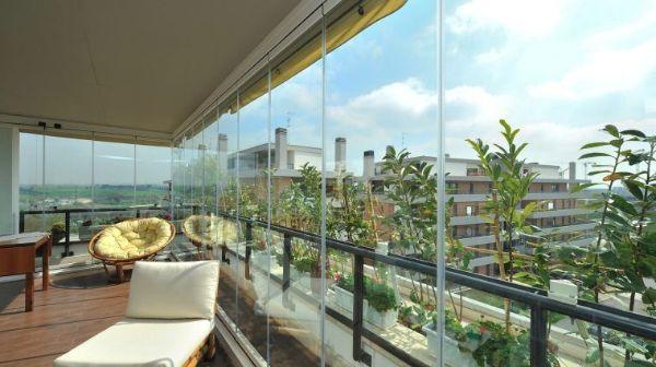 Veranda su balcone Sunroom