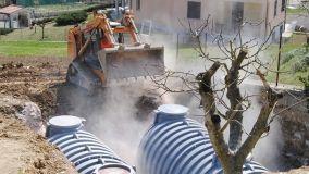 Recuperare e riutilizzare l'acqua piovana con le cisterne interrate