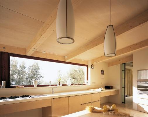 Tetto di un'abitazione in legno lamellare, by Costantini Legno
