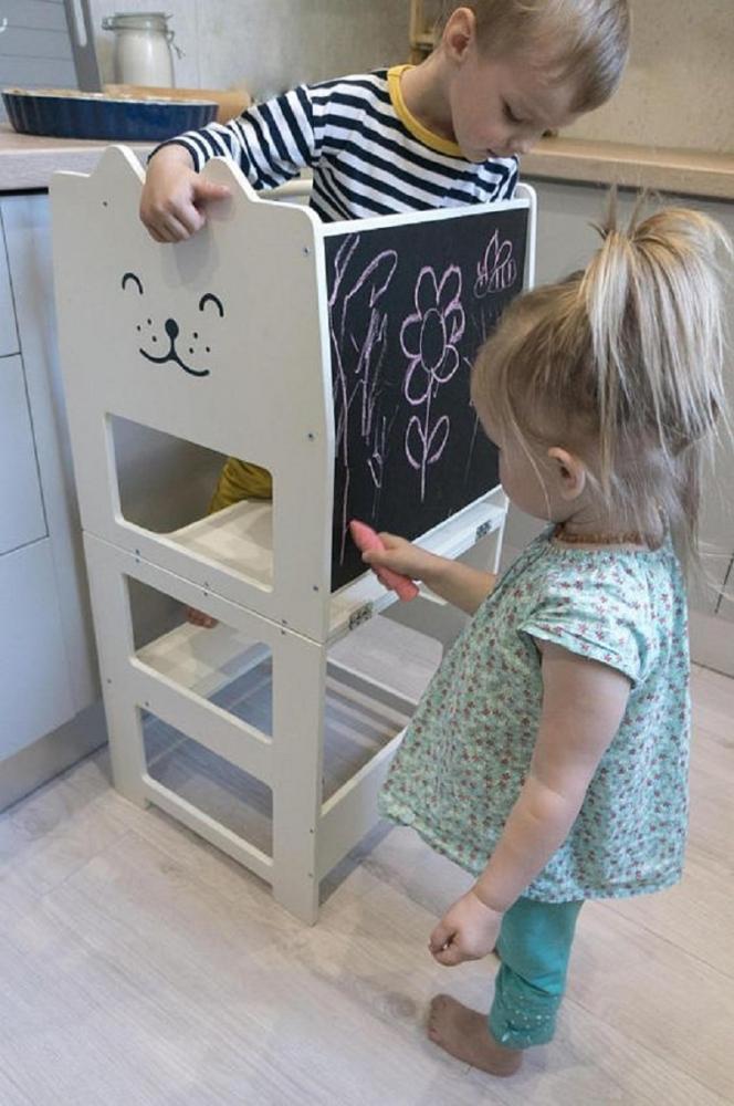 Torre di apprendimento con accessori, da etsy.com