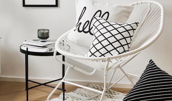 Sedia a dondolo per interni ed esterni Grace - Design e foto by Westwing