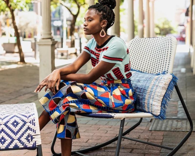 Sedia a dondolo per esterni collezione ÖVERALLT - Design e foto by IKEA