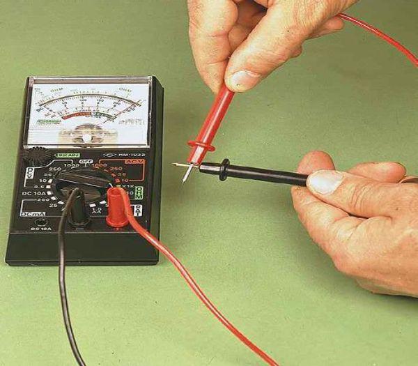 Misurazione corrente circuito elettrico