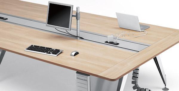 Tavolo per coworking Invitation - Design e foto by Sedus