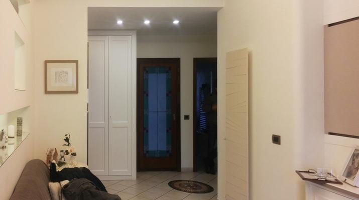 Foto dell'ingresso durante il rilievo pre restyling a cura di Blu Space