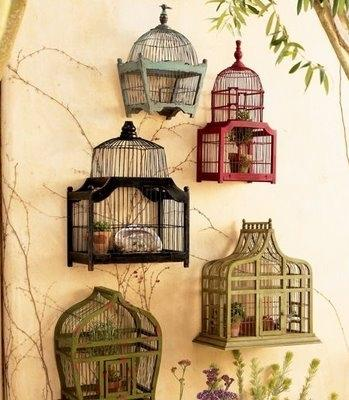Riciclo gabbie per uccelli: portavasi, da shannoneileenblog.typepad.com